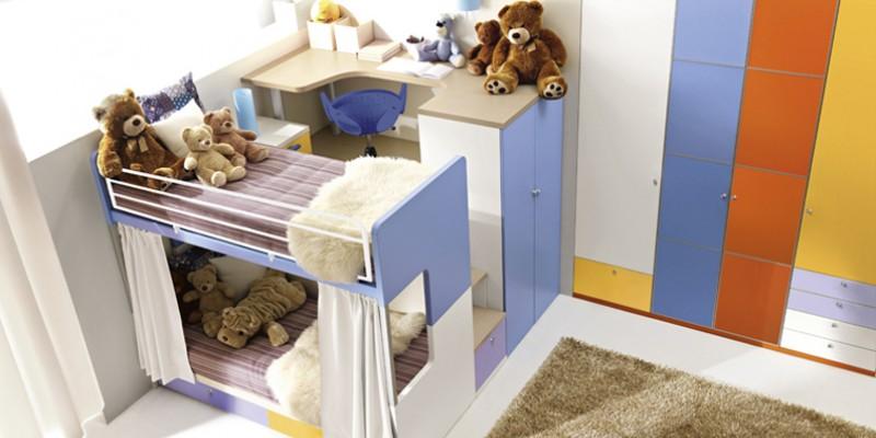 Come scegliere una struttura funzionale per la camera dei for Camera ragazzi 3 letti